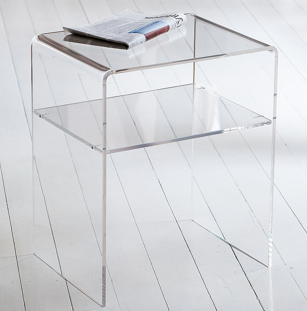 Exceptionnel Clear Acrylic Side Table