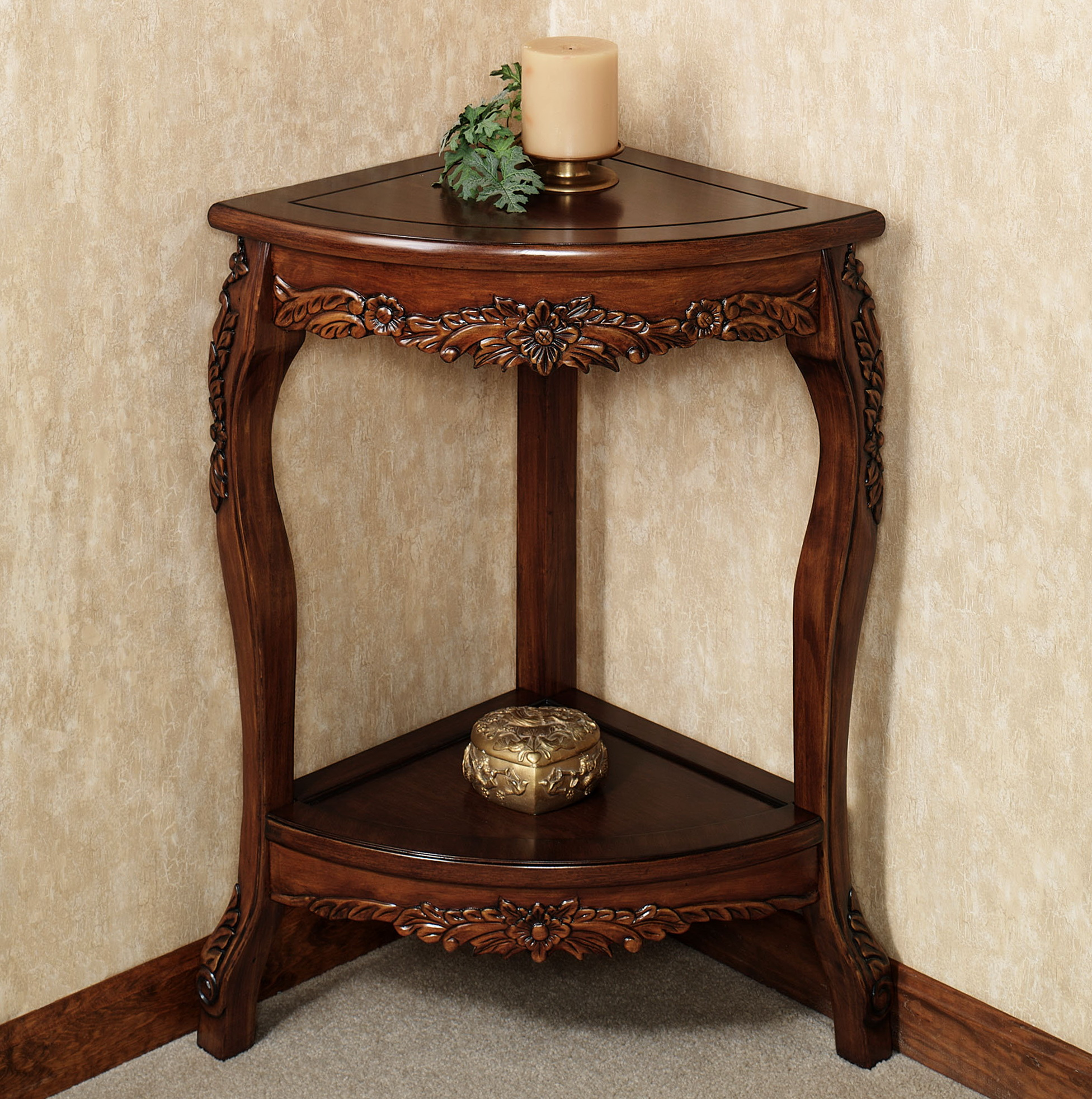 Corner accent table for dining room home design ideas Corner dining table