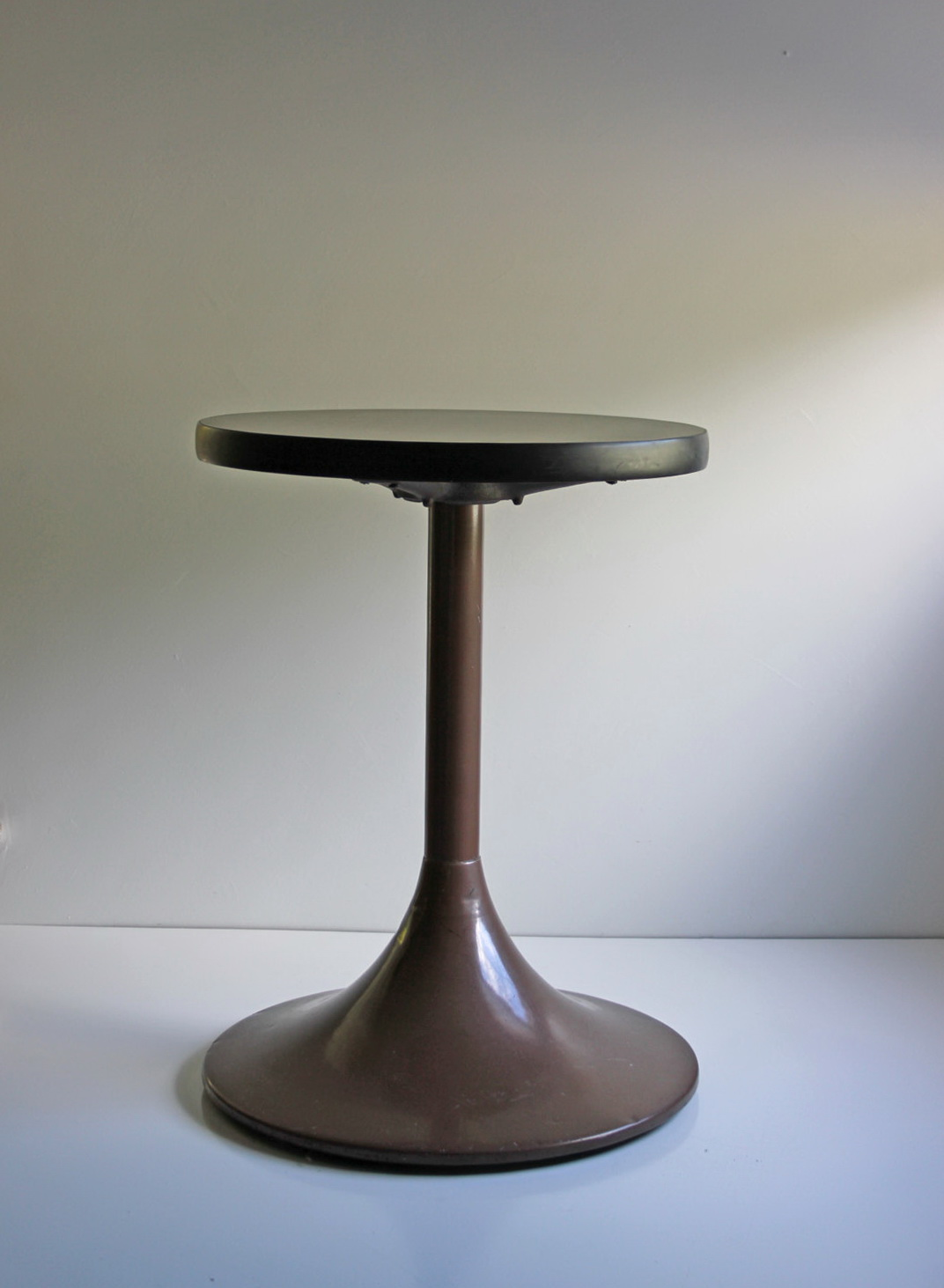Dawson Pedestal Side Table Home Design Ideas