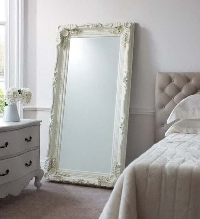 Large Wall Mirrors For Bedroom