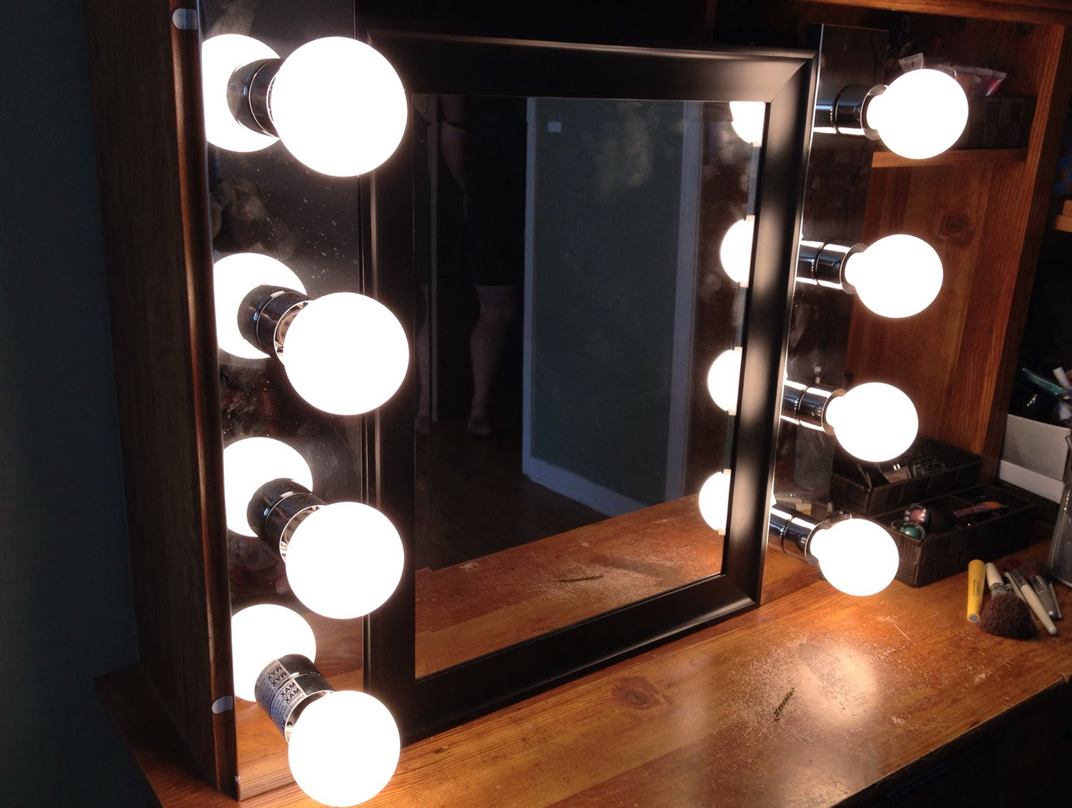 Lighted Makeup Mirror Canada Home Design Ideas