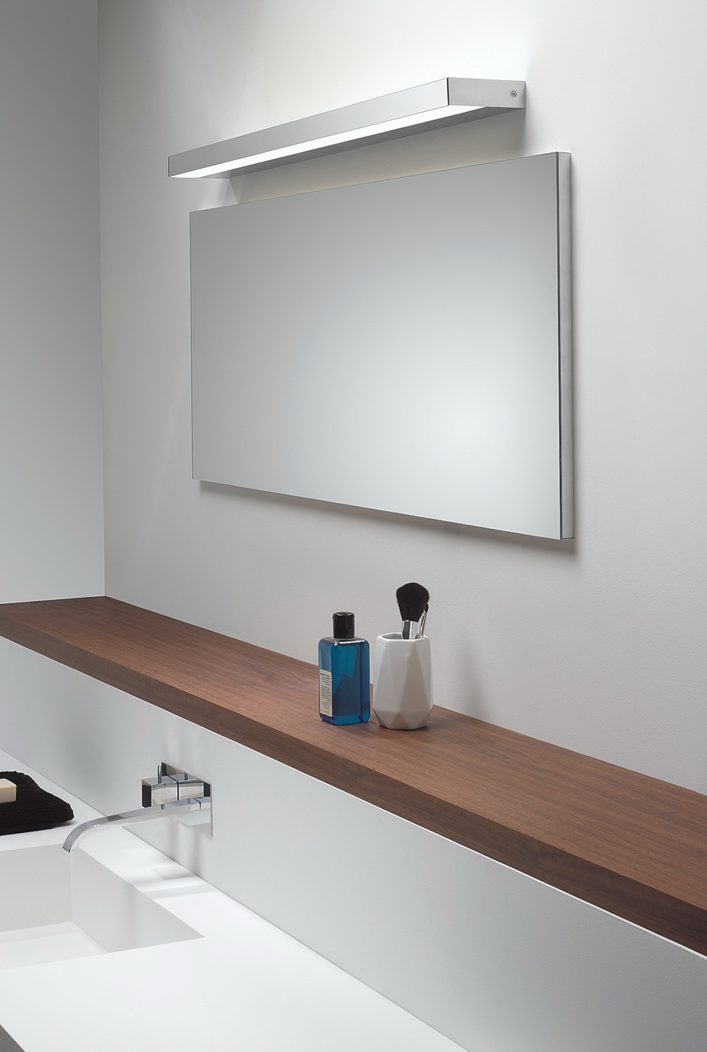 Bathroom Wall Mirrors Chrome