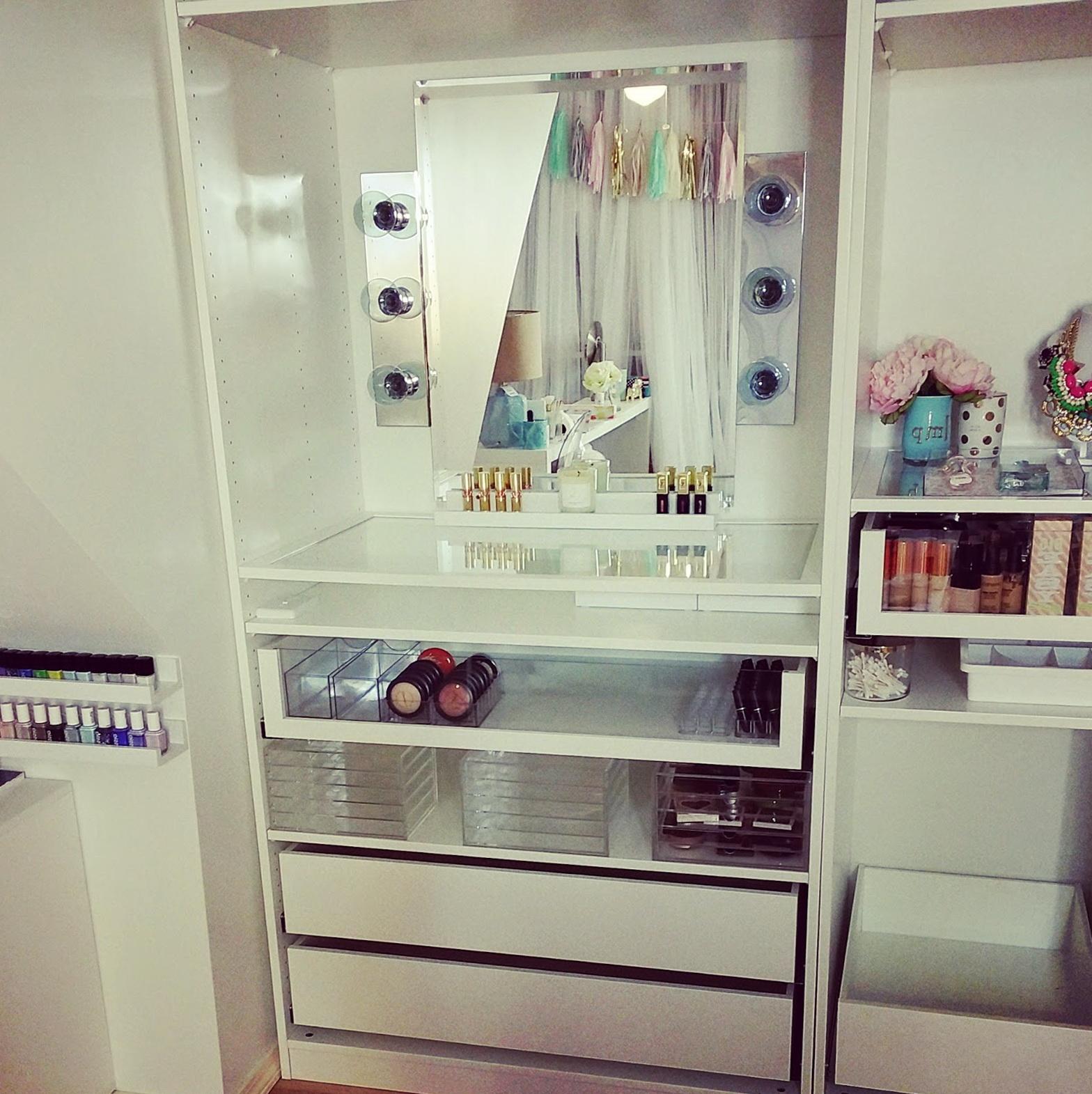 diy hollywood vanity mirror with lights home design ideas. Black Bedroom Furniture Sets. Home Design Ideas