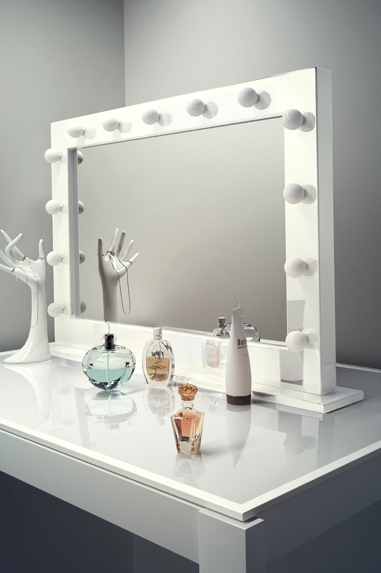 Hollywood Makeup Mirror Home Design Ideas