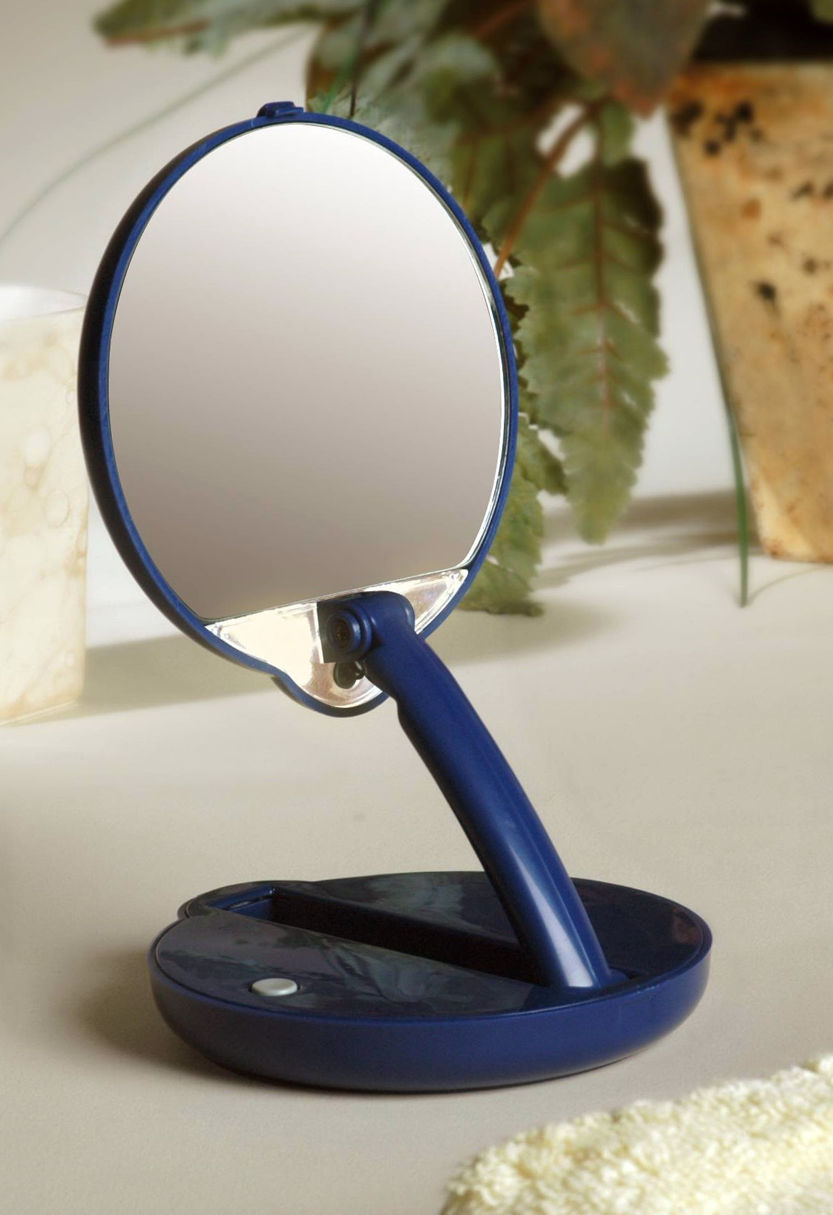 Lighted Magnifying Mirror Travel