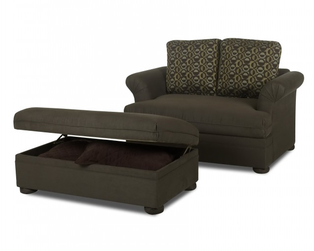 Oversized Chair With Ottoman