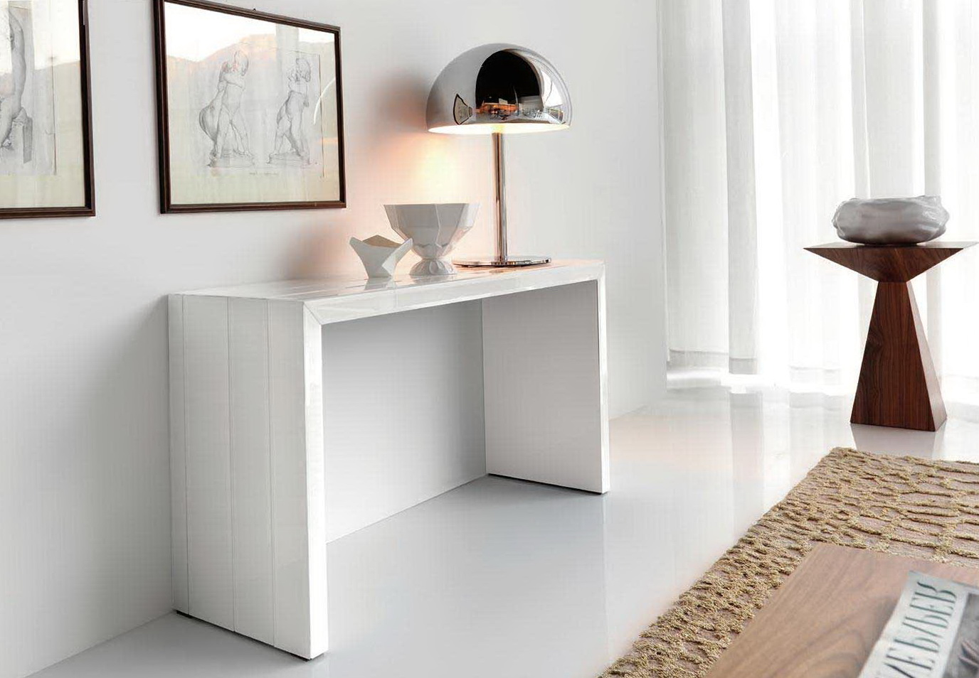 White console table decorating ideas home design ideas white console table decorating ideas geotapseo Gallery