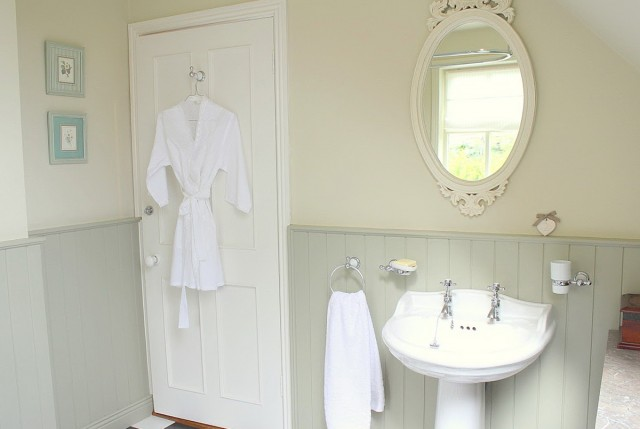 White Framed Mirror For Bathroom