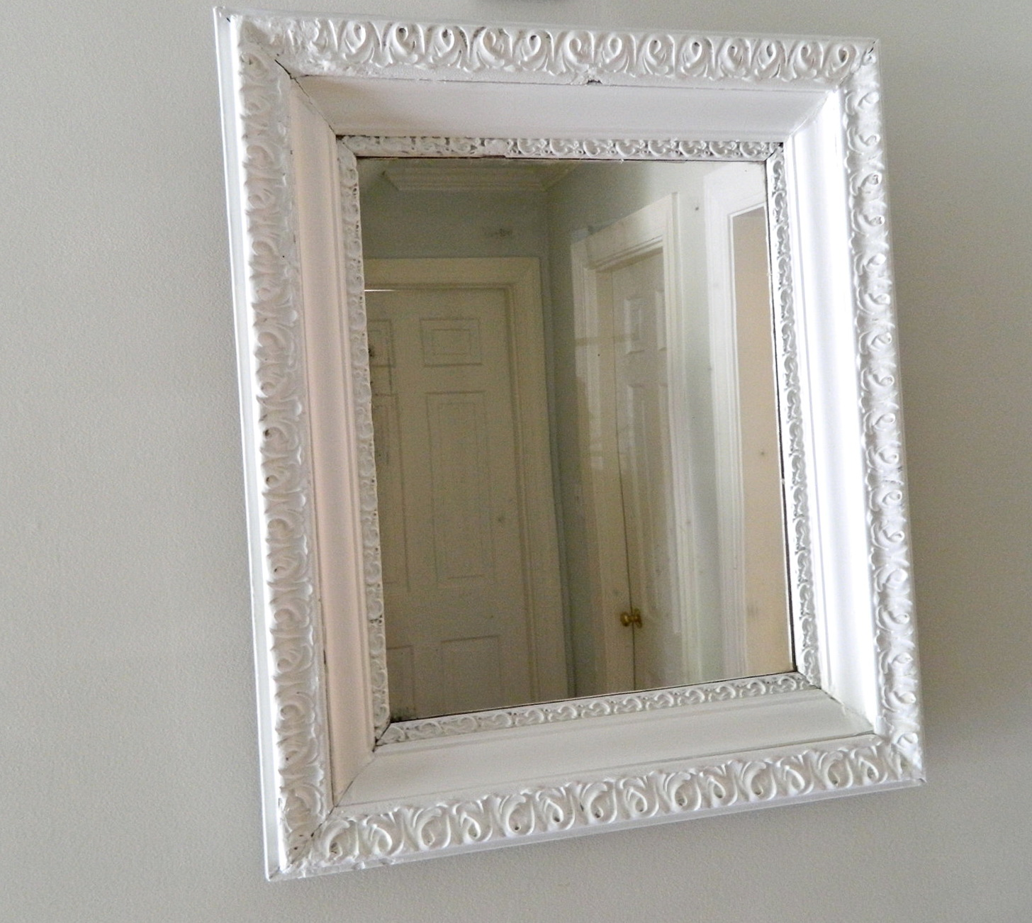 White Framed Mirrors For Sale