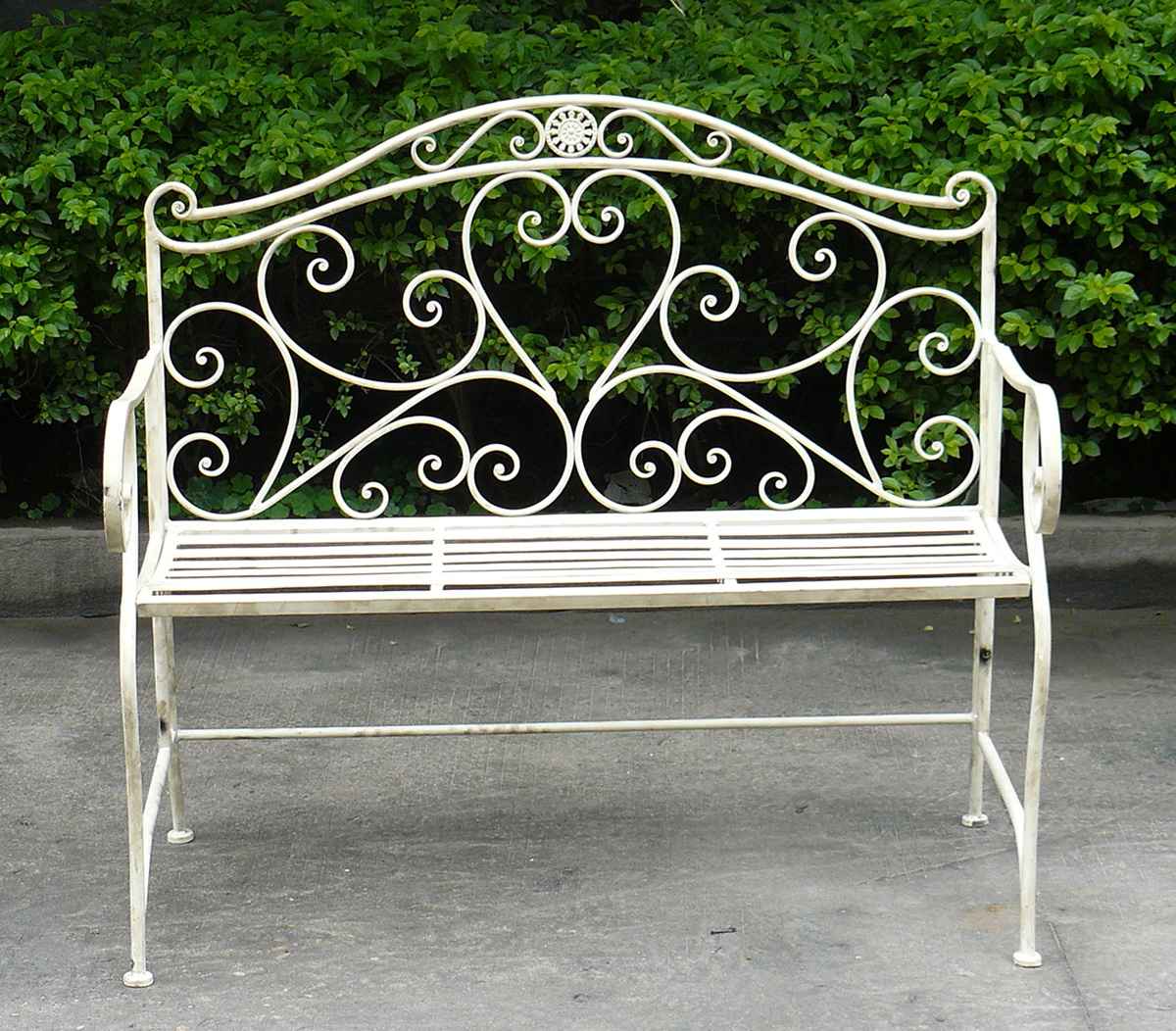 Wrought iron benches garden home design ideas Wrought iron outdoor bench