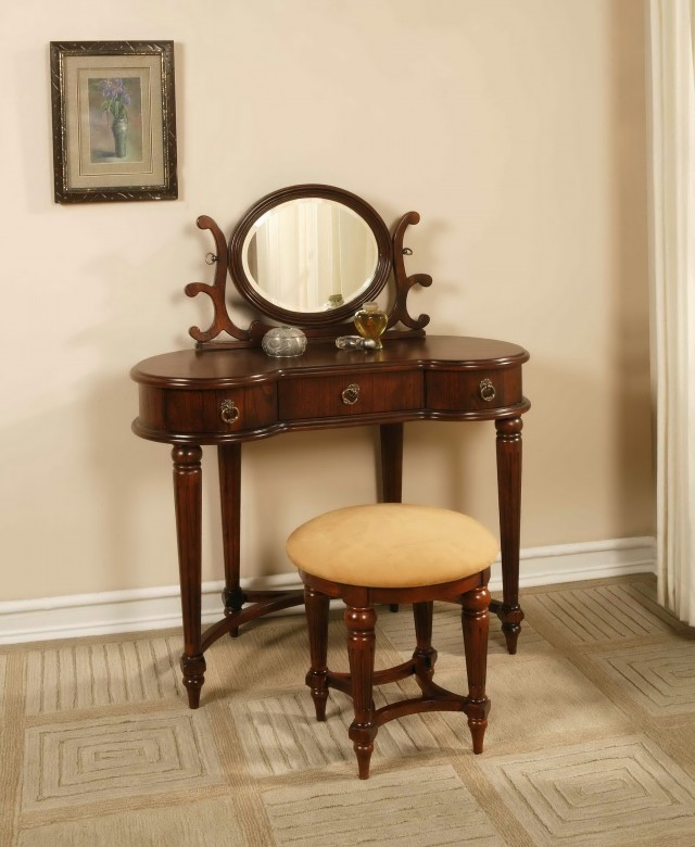 Antique Vanity With Mirror Value