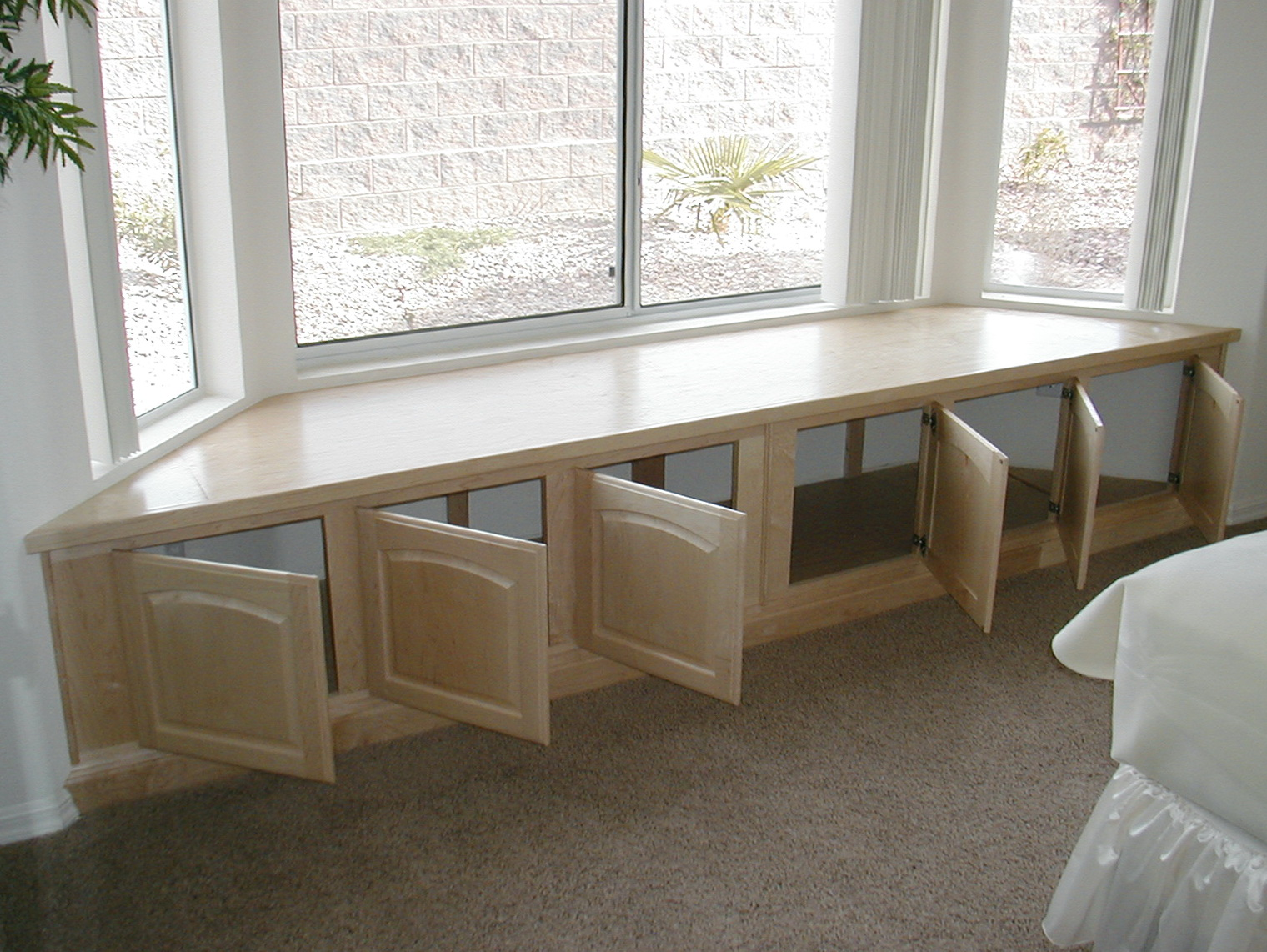 Charming Window Bench Part - 14: Bay Window Bench Seat Kitchen