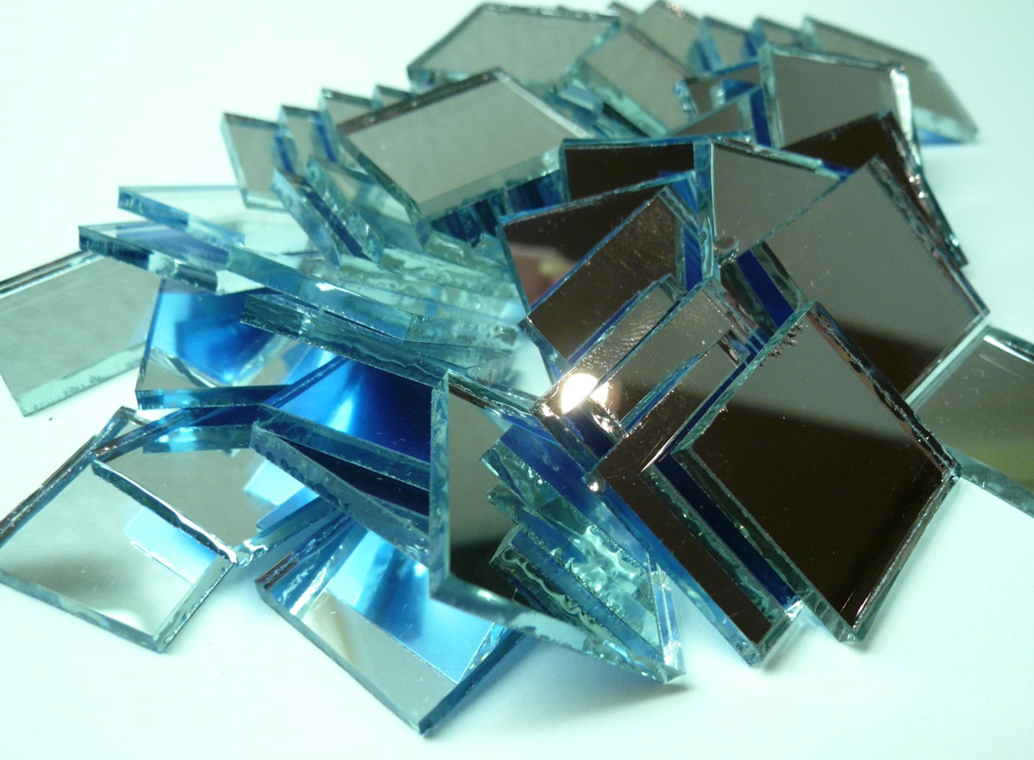 Beveled Mirror Tiles For Centerpieces