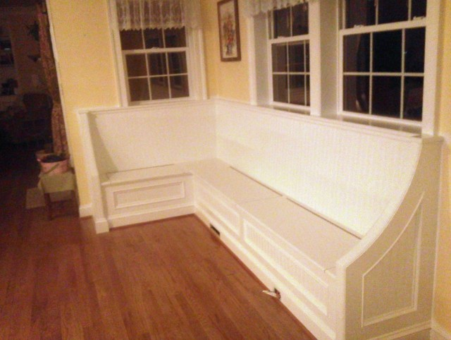 Built In Corner Bench With Storage