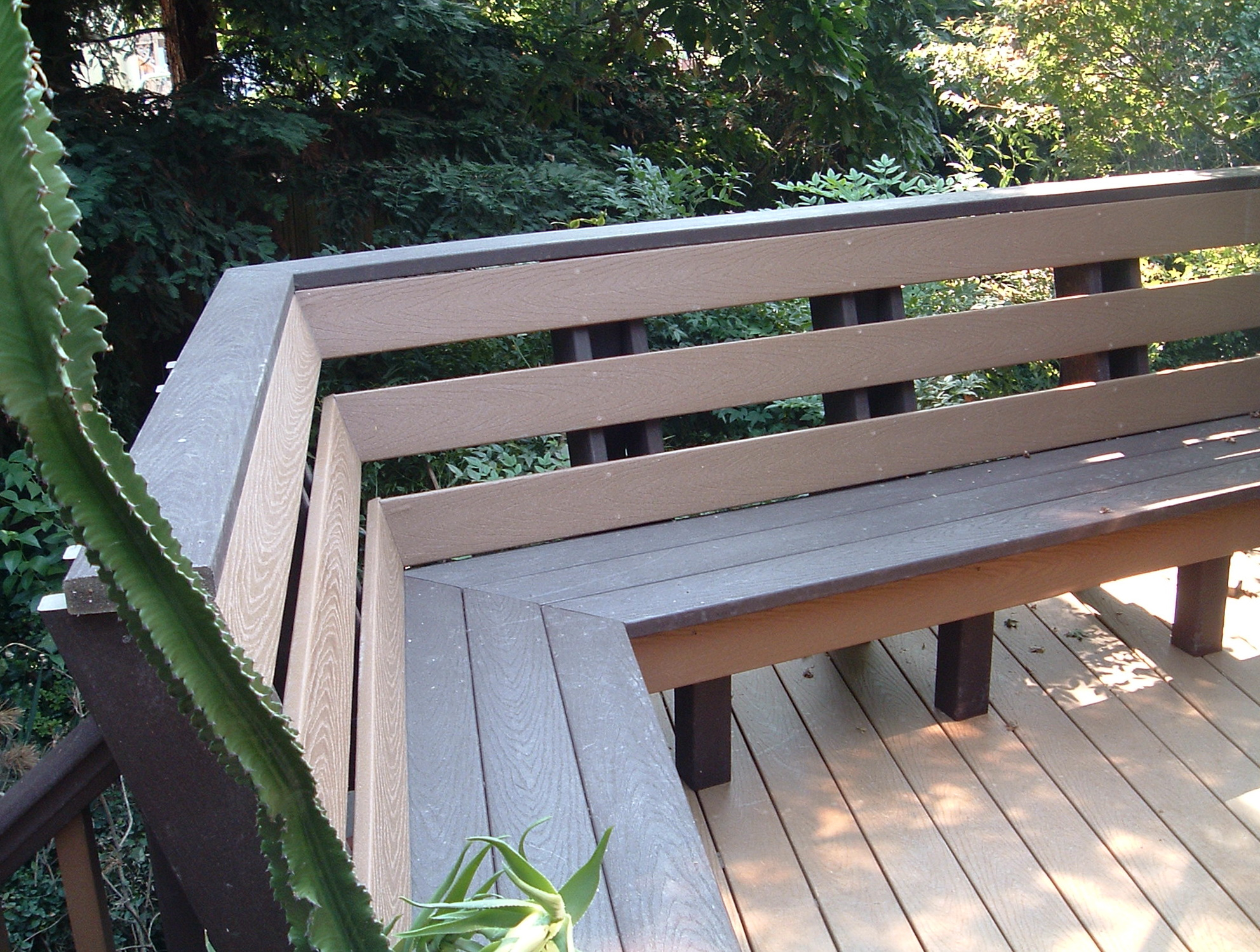Built In Deck Benches With Backs Home Design Ideas