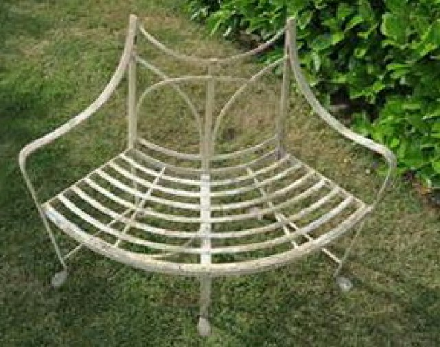 Curved Metal Garden Bench