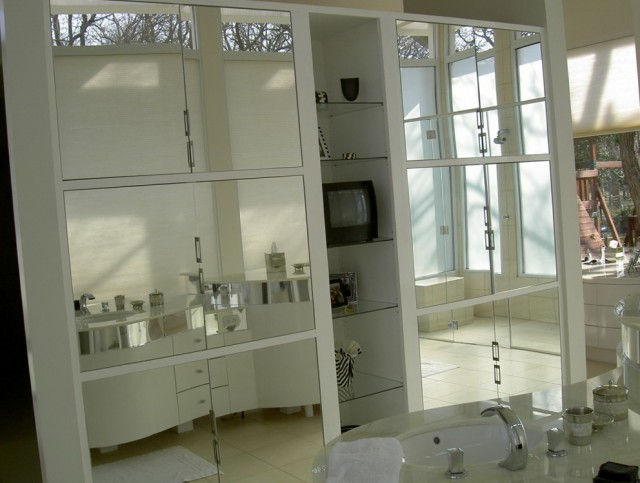 Custom Cut Mirrors Dallas
