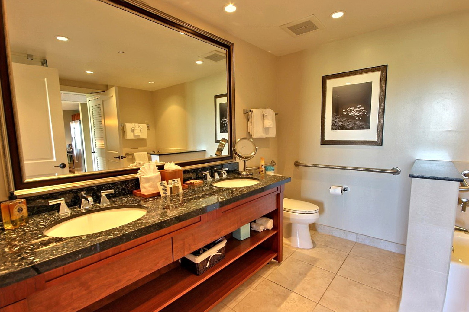 extra large bathroom mirrors large bathroom mirrors home design ideas 18263