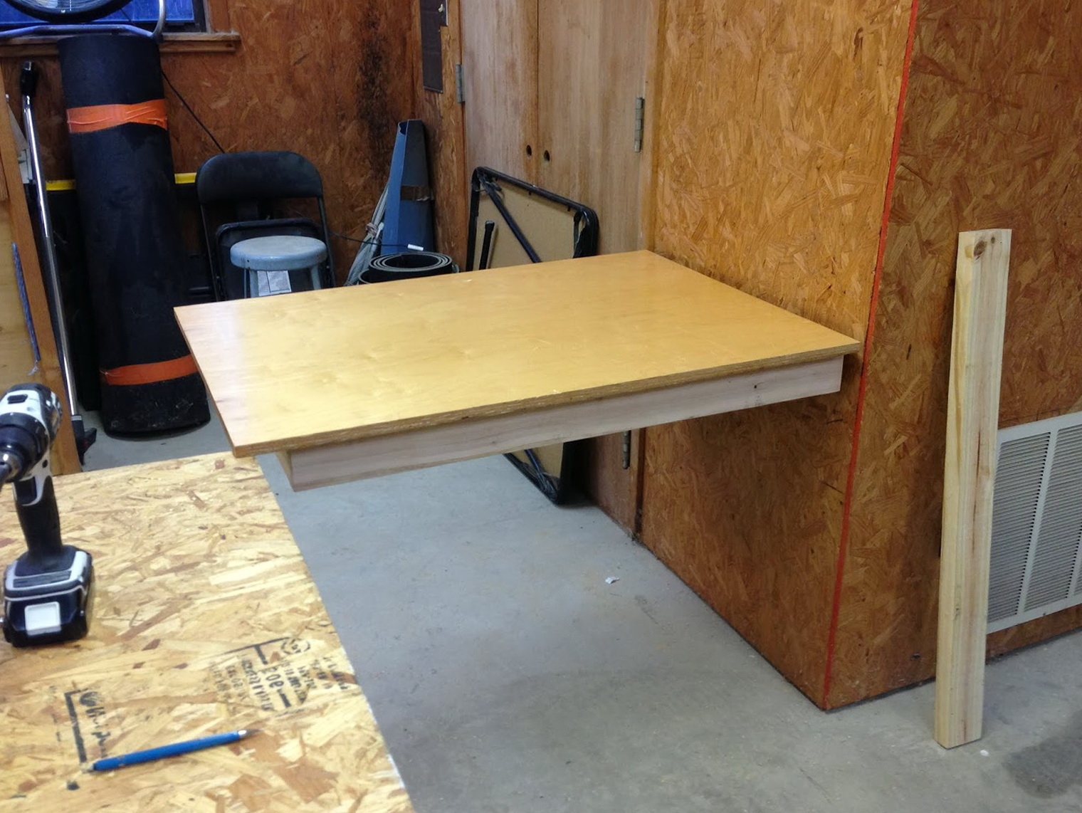 folding workbench diy - Workbench Design Ideas