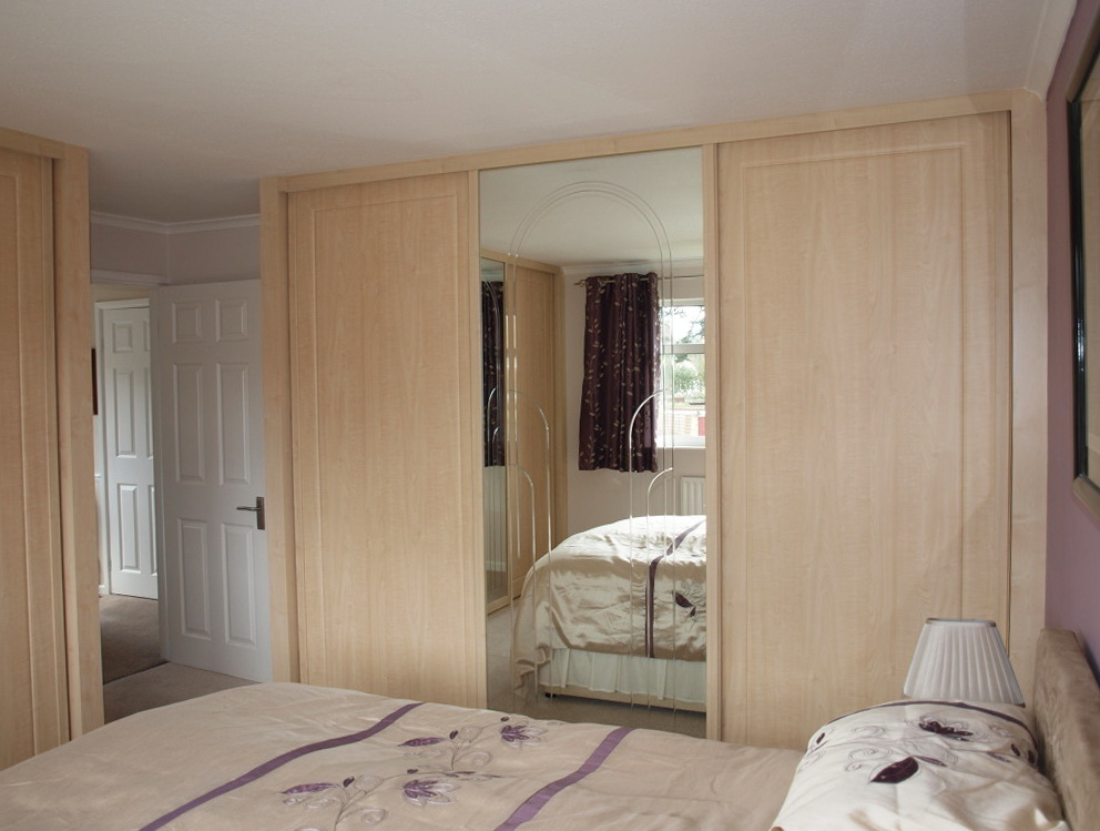 Frameless Mirrored Sliding Closet Doors Home Design Ideas