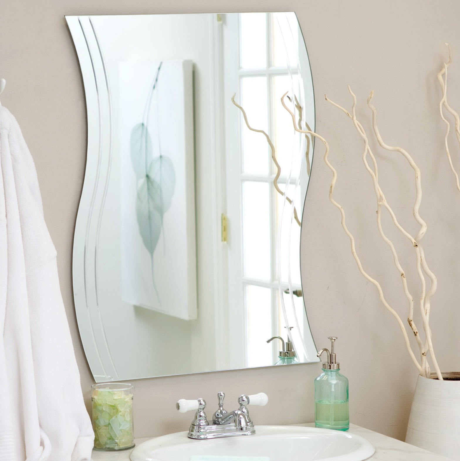 Do It Yourself Home Design: Frameless Wall Mirror Mounting Brackets