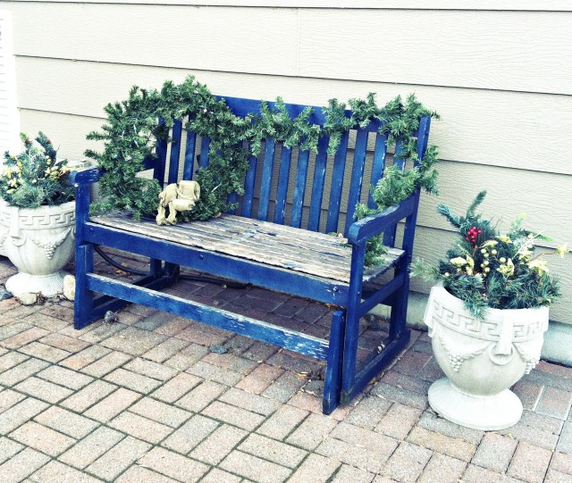 Front Porch Bench Christmas Decorations