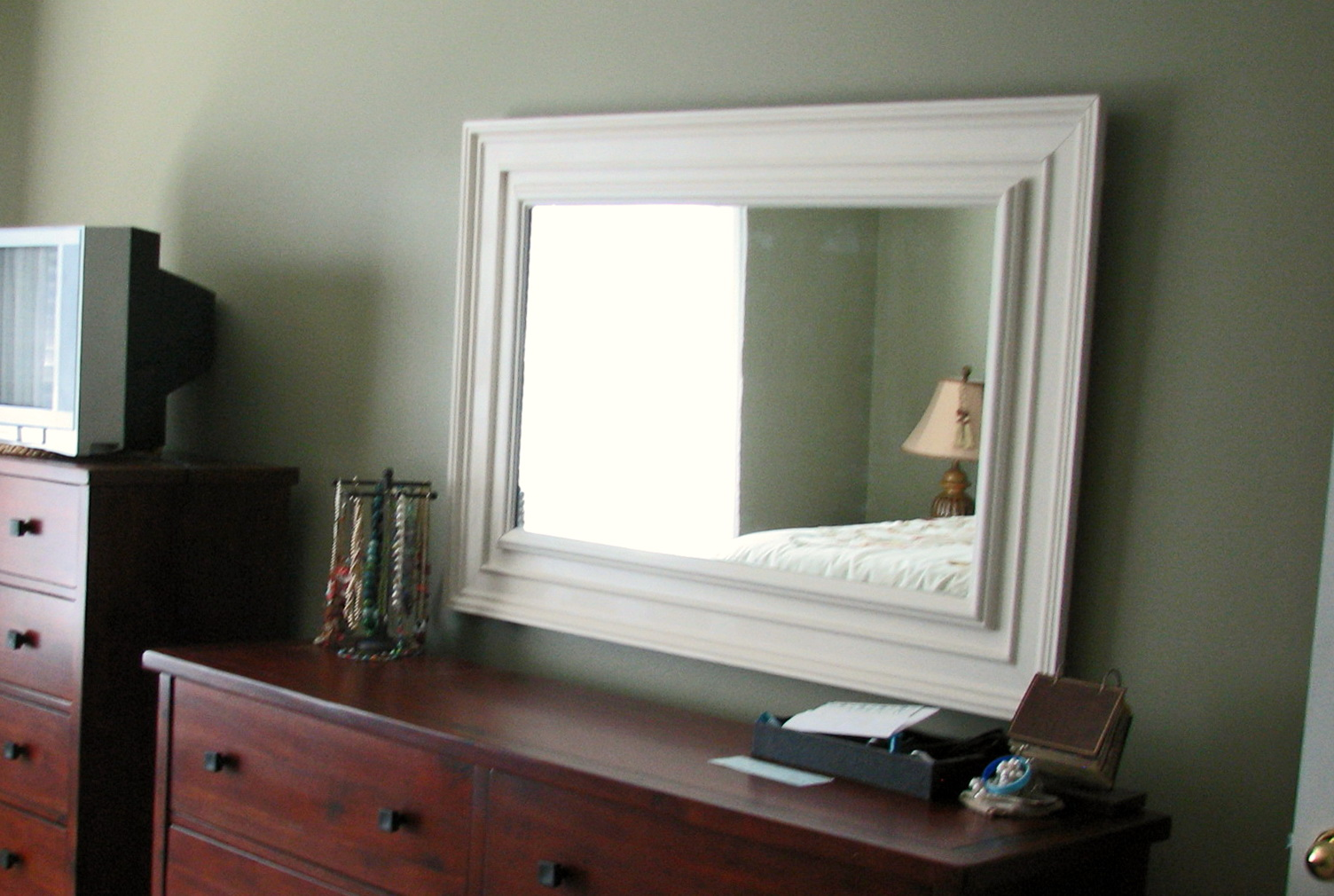 Hanging Heavy Mirror No Studs Home Design Ideas