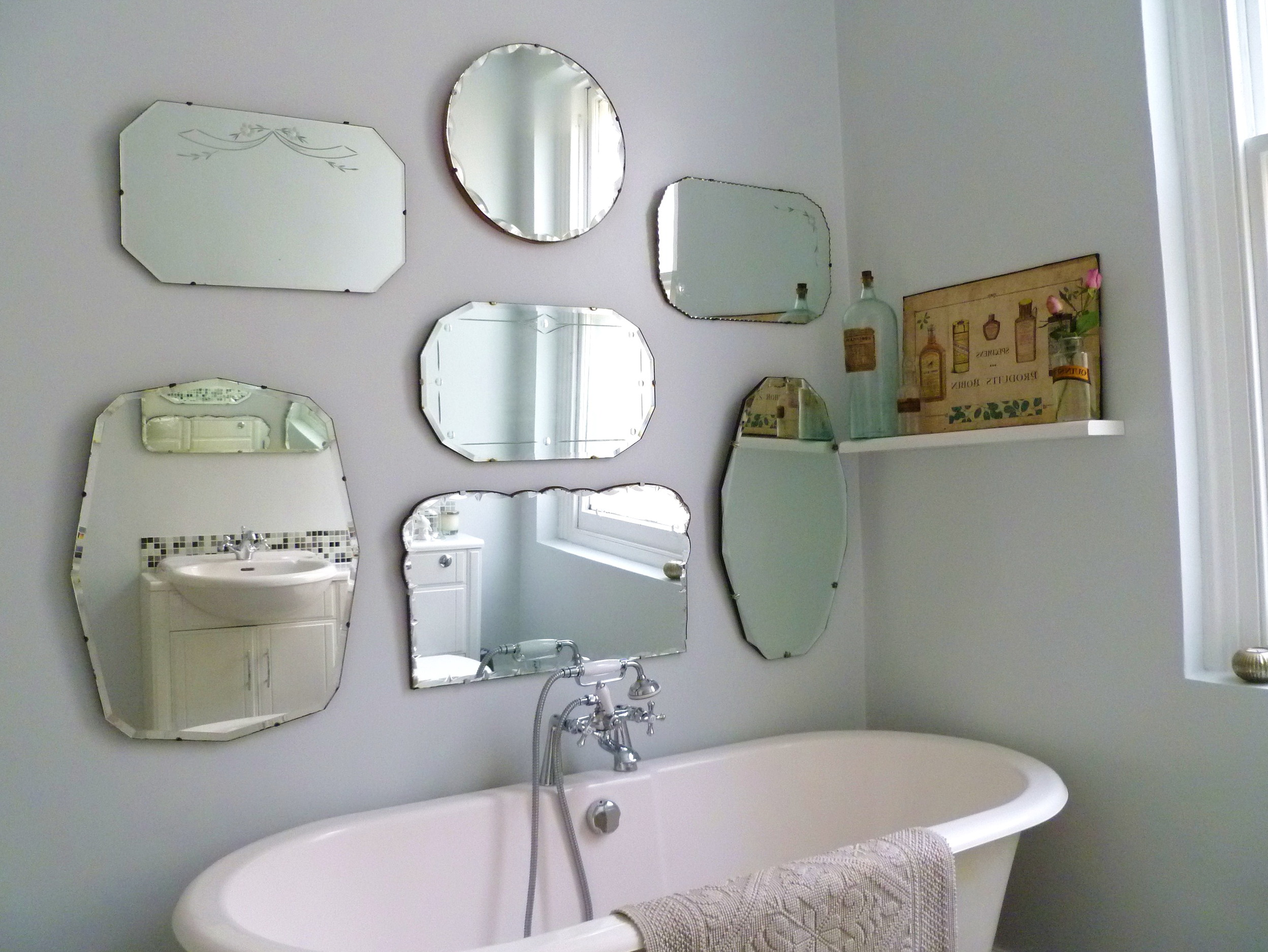 Hanging Heavy Mirror Without Nails
