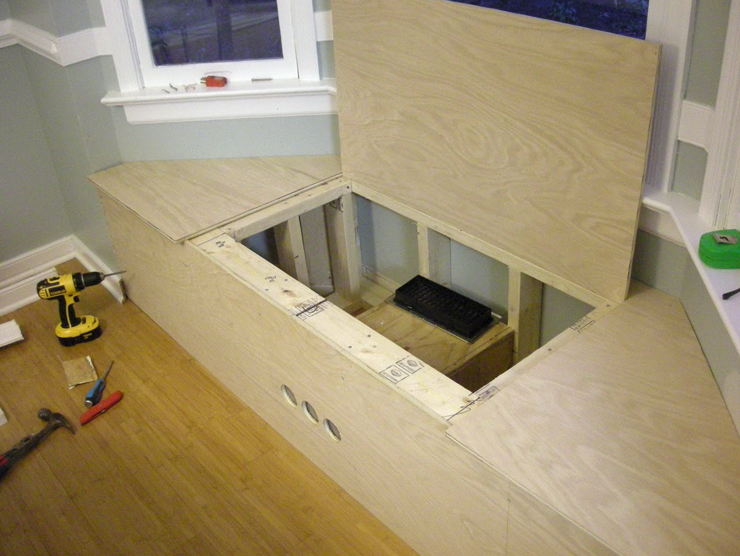 How To Build A Kitchen Nook Bench Seat With Storage Home