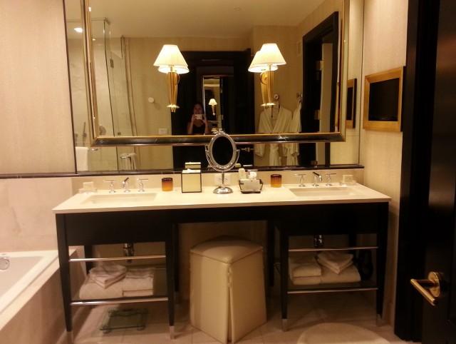 Large Bathroom Mirrors Canada