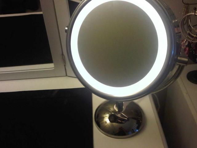 Light Up Makeup Mirror Bed Bath And Beyond