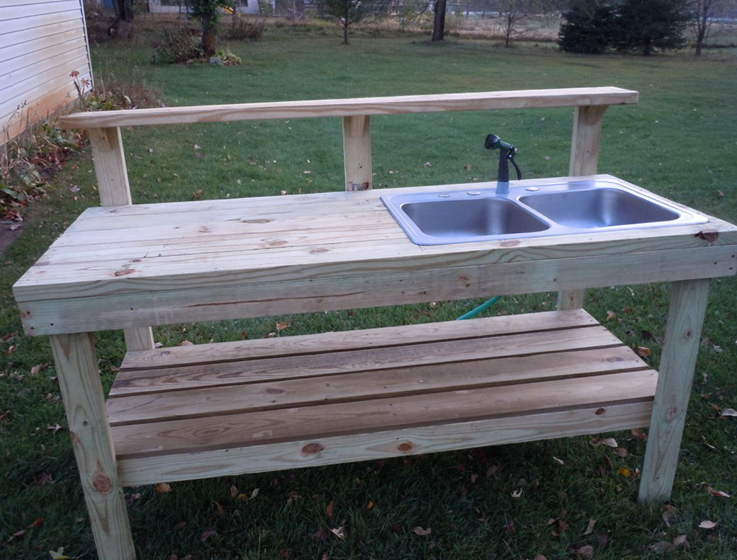 Outdoor potting bench with sink plans home design ideas for Garden potting bench designs
