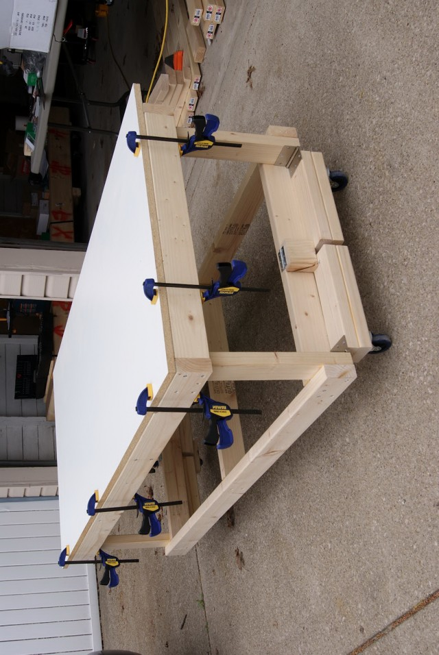 Portable Workbench On Wheels