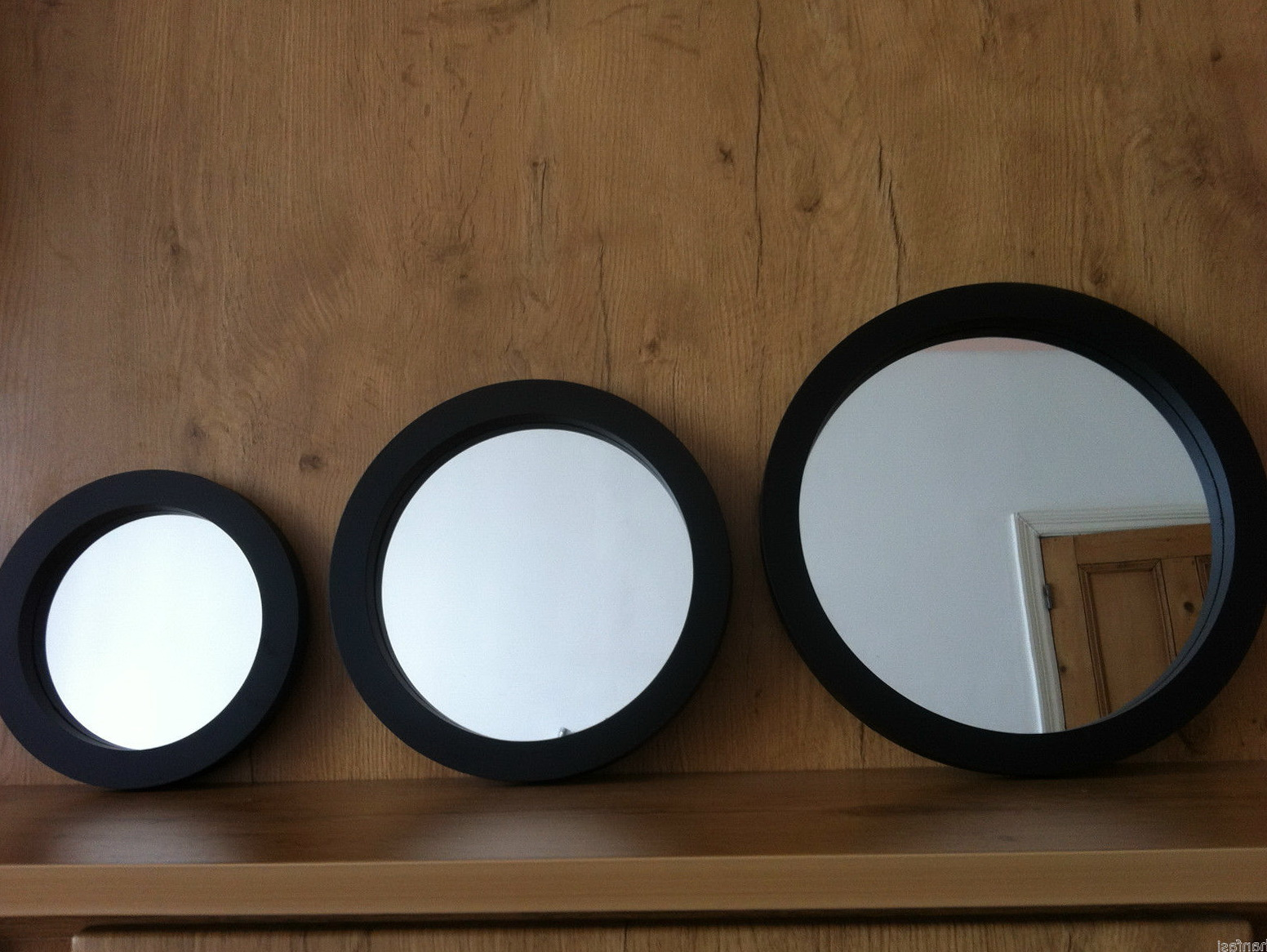 set of 3 round wall mirrors home design ideas. Black Bedroom Furniture Sets. Home Design Ideas
