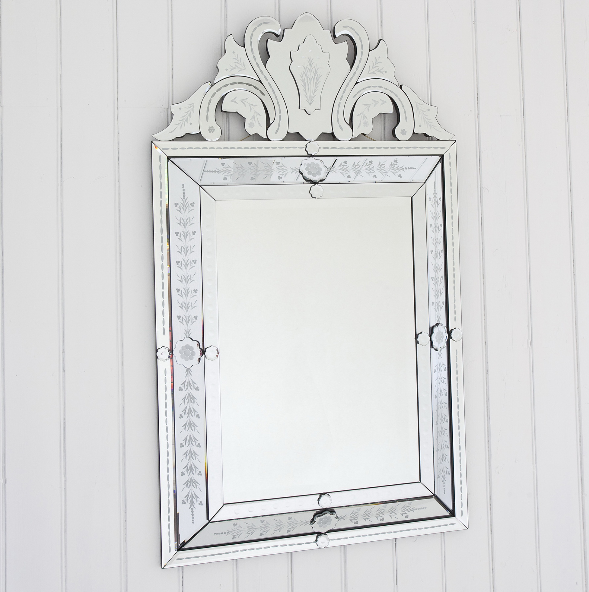 Small decorative mirrors uk home design ideas for Small decorative mirrors