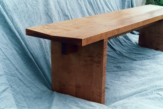 Small Table With Bench Seats