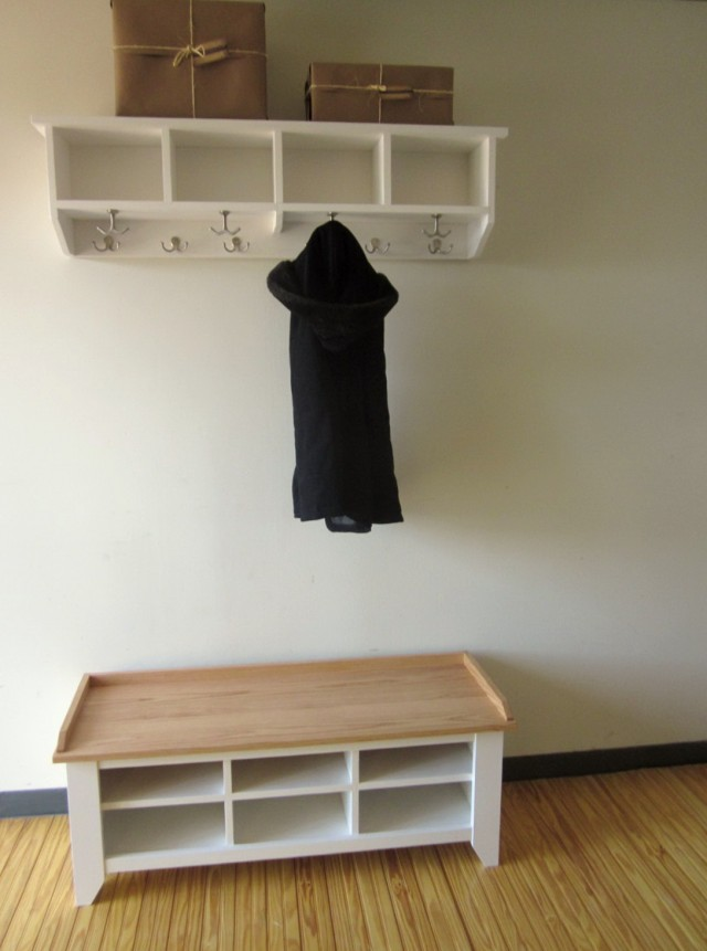 White Entryway Bench With Coat Hooks