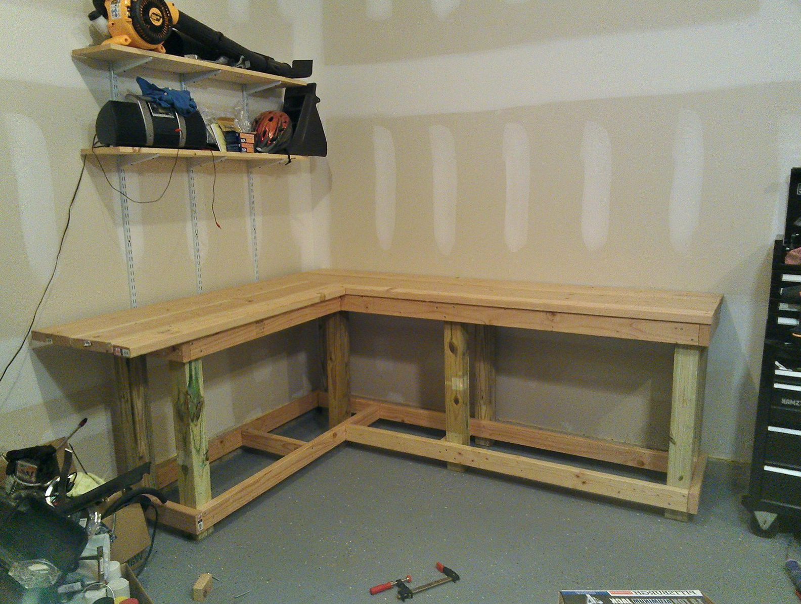 Work Bench Ideas For Garage