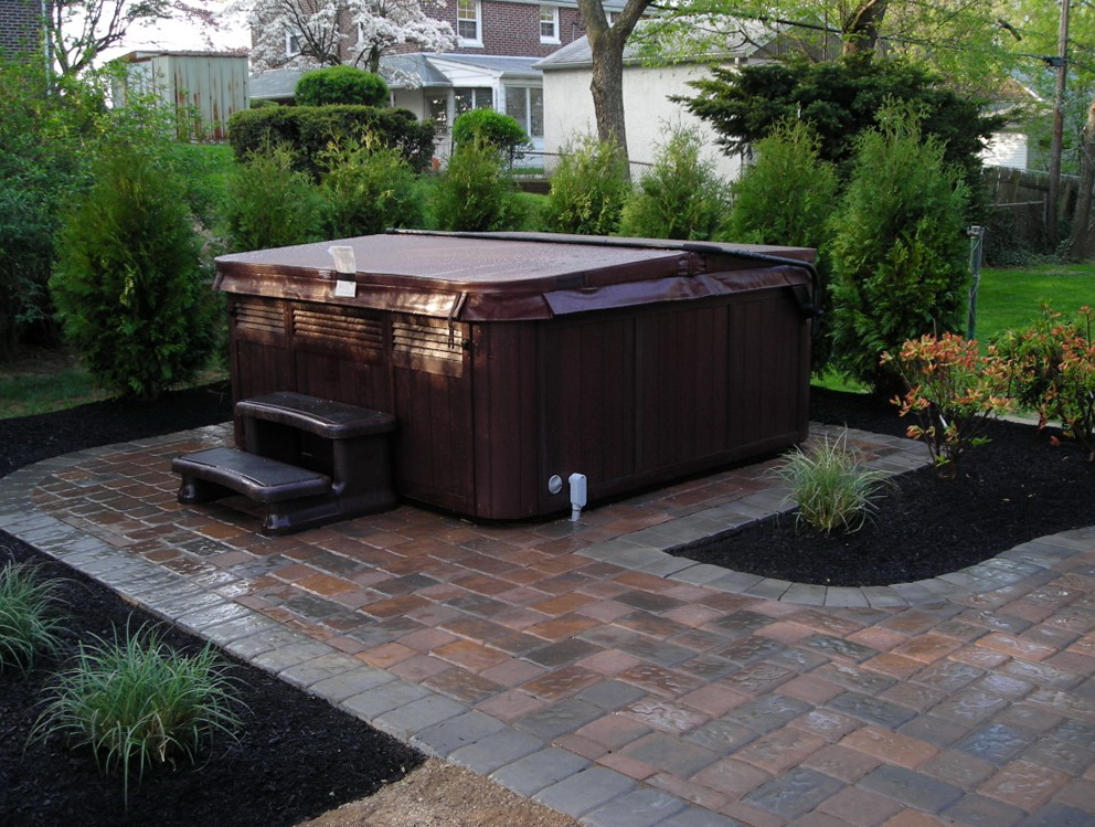 Backyard deck ideas with hot tub home design ideas for Backyard patio design ideas