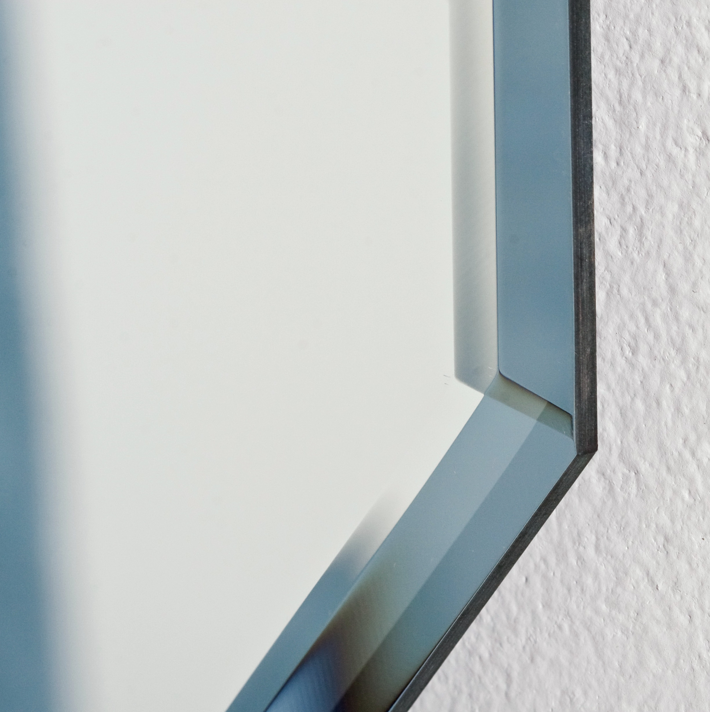 Beveled glass bathroom mirrors home design ideas for Beveled glass bathroom mirror