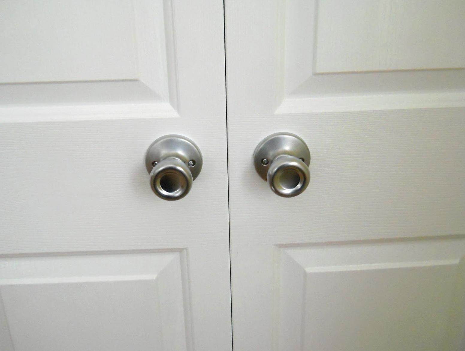 Bifold Closet Doors Knob Placement Home Design Ideas