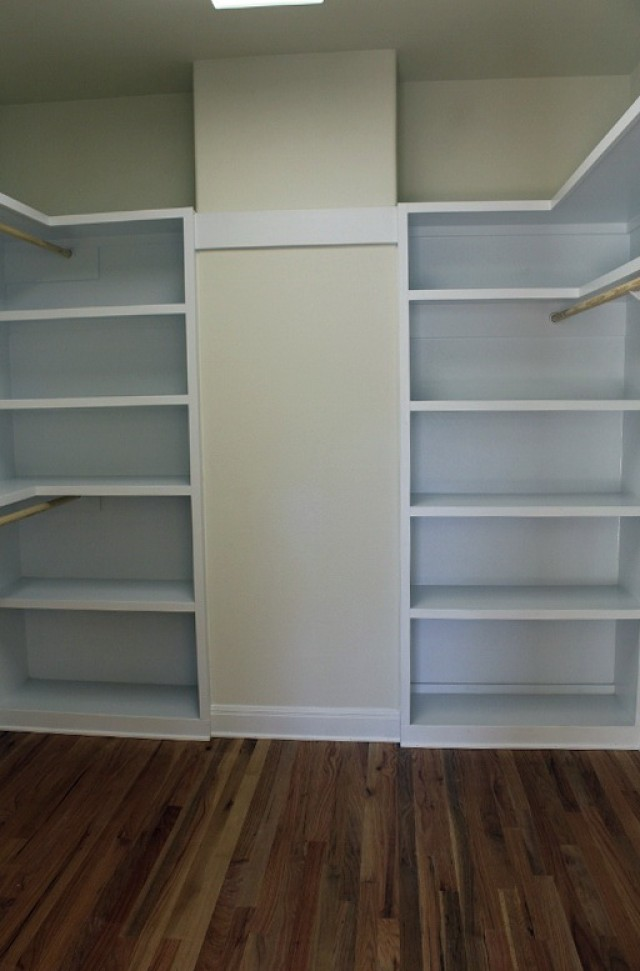 Built In Closet Shelves