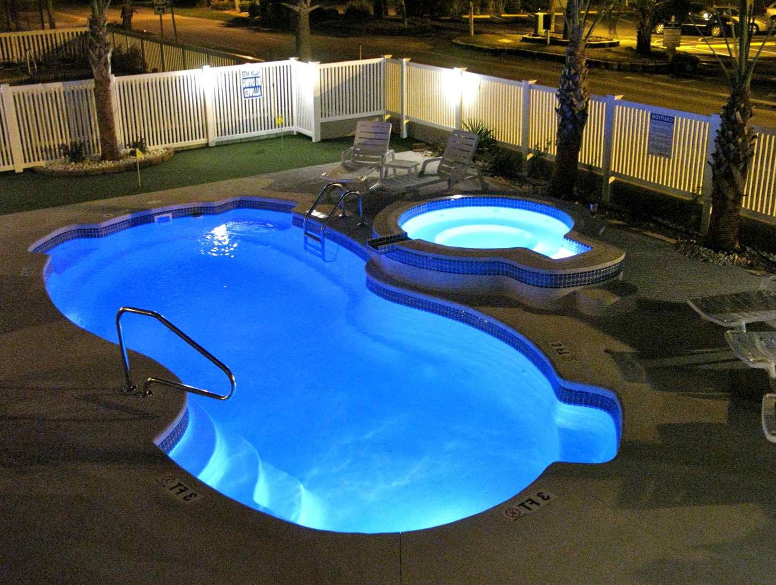 Deck design ideas for above ground pools home design ideas for On ground pool designs