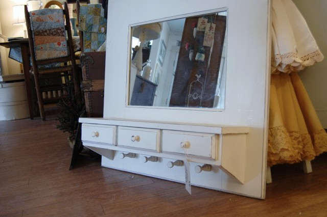 Entry Mirror With Hooks White