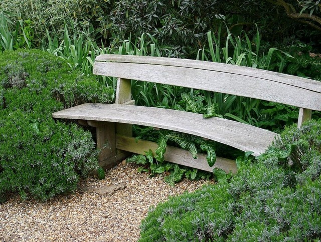 Pictures Of Wooden Garden Benches