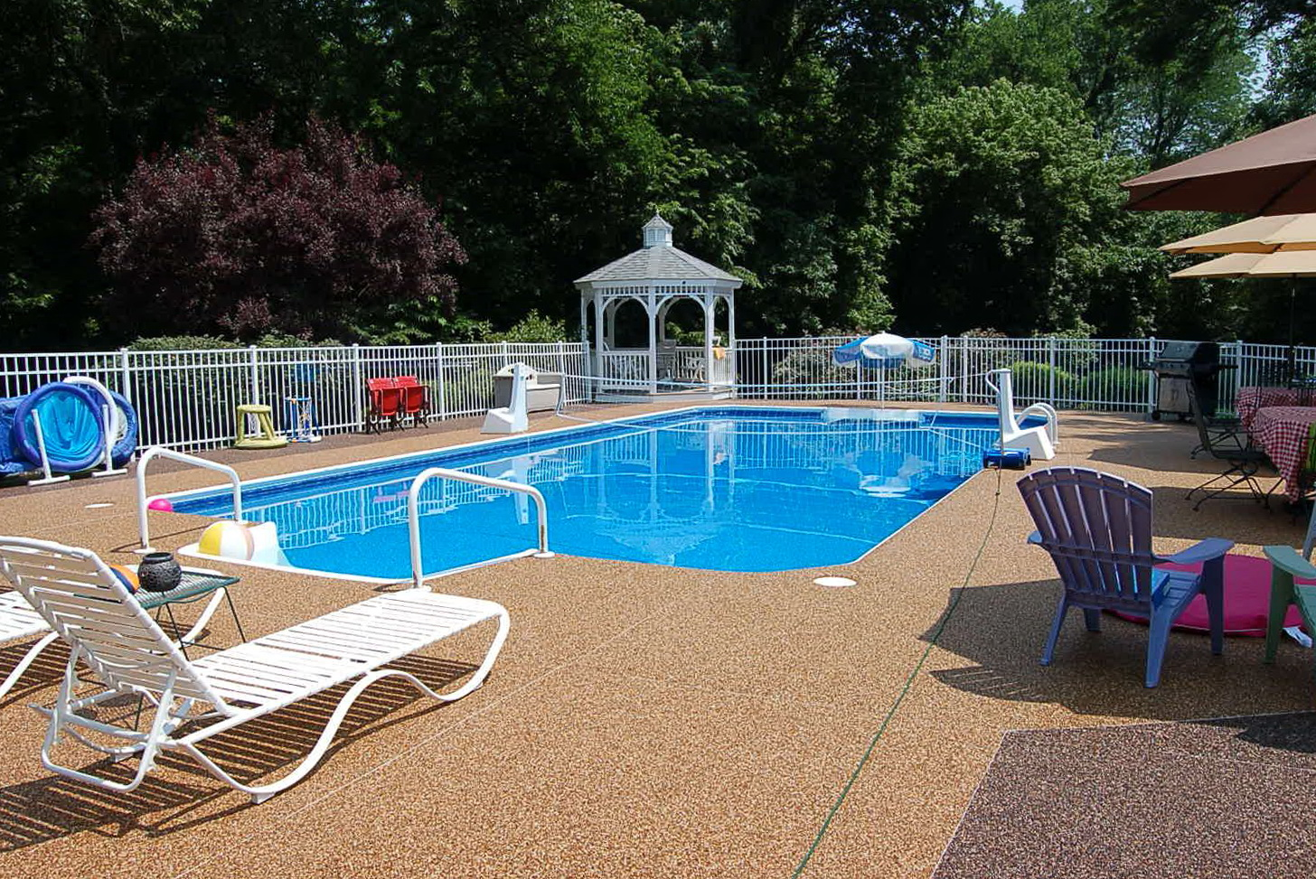 Pool deck plans free home design ideas for Free pool deck plans online