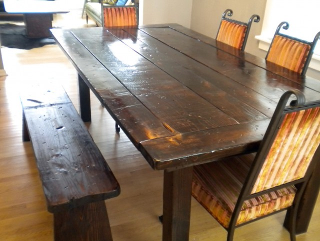 Rustic Kitchen Table With Bench Seating