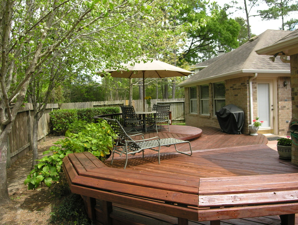 Small deck ideas for small backyards home design ideas for Small house deck designs