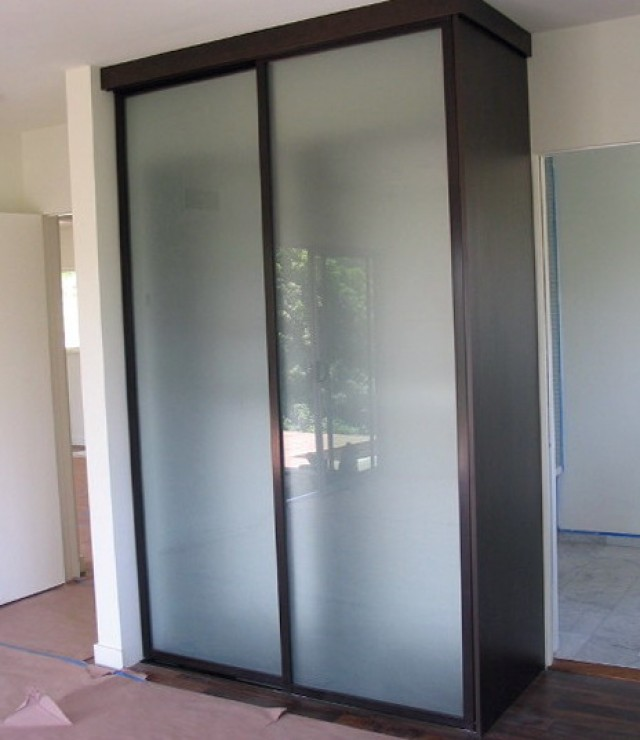 Stand Alone Closet Systems