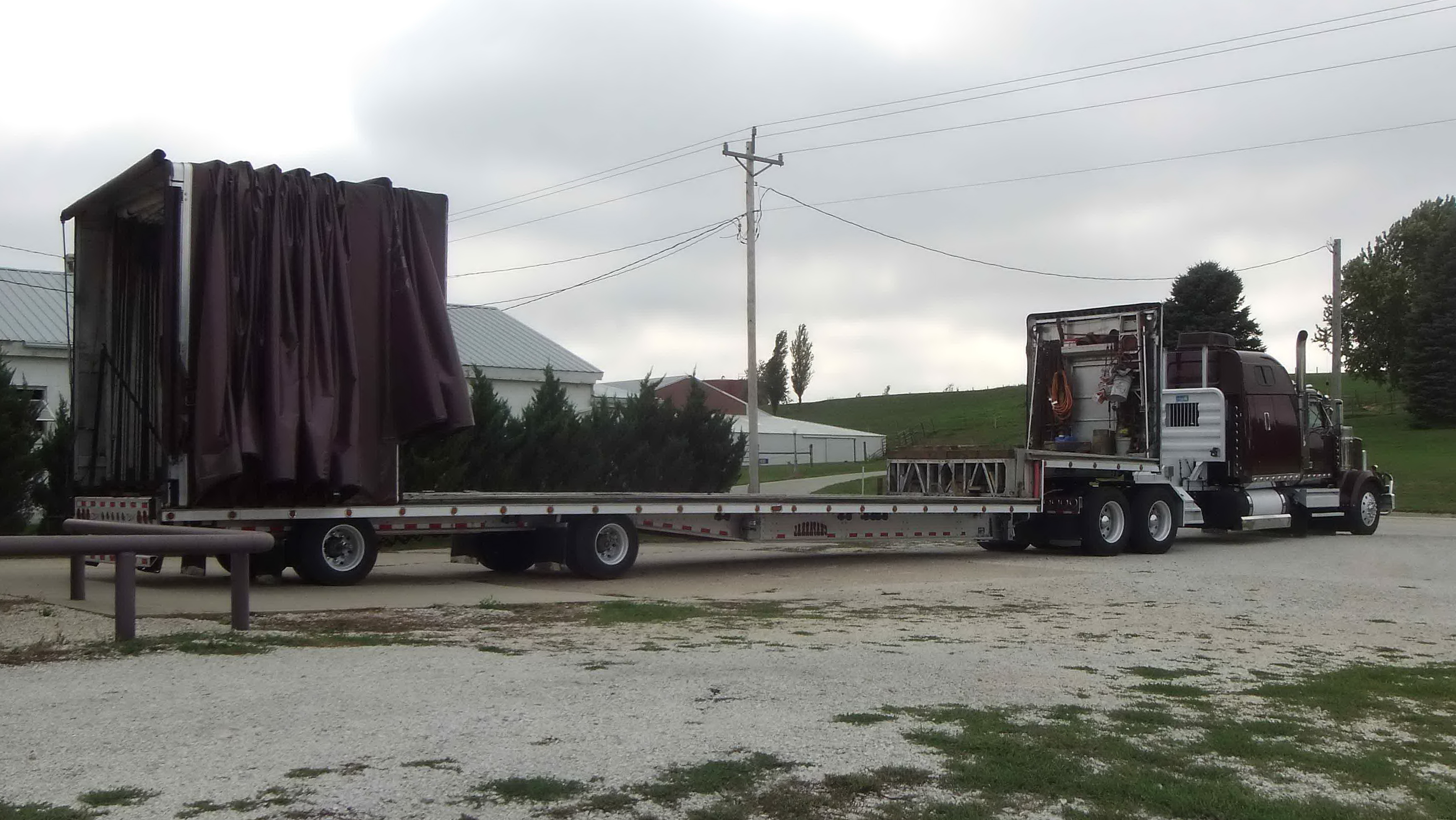 Step Deck Trailer With Beavertail